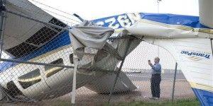 Tormenta vuelca aviones en aeropuerto de Phoenix