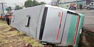 Vuelca autobús en la México-Pachuca
