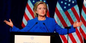 Ironiza Hillary Clinton sobre trato de México a inmigrantes en 2010