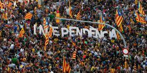 Parlamento de Cataluña aprueba resolución independentista
