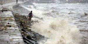 """Tifón """"Koppu"""" deja 25 mil evacuados y al menos cuatro muertos en Filipinas"""