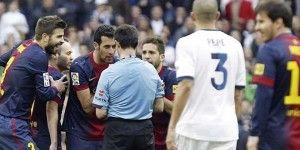 Árbitro denuncia presiones para afectar al Barcelona