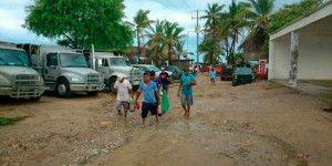 Emergencia en 8 municipios de Guerrero por huracán Marty