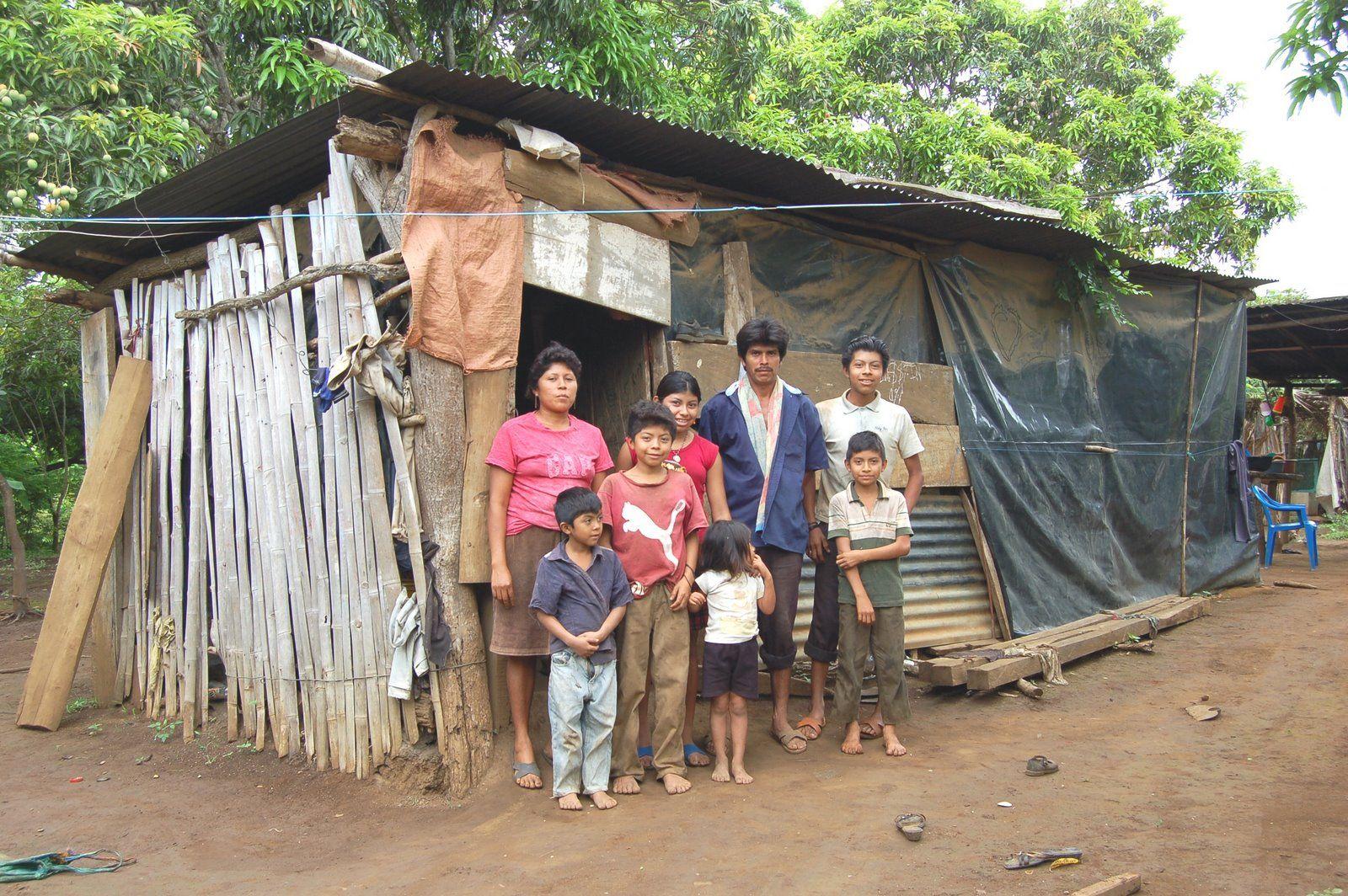 Resultado de imagem para pobres