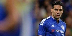 Falcao se lesiona y causa baja en el Chelsea