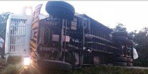 Accidente en Quintana Roo provoca cierre de carretera