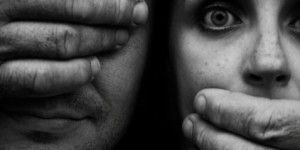 Rusia aprueba proyecto de ley que despenaliza la violencia doméstica
