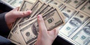 Dólar abre al alza con 17.80 pesos a la venta