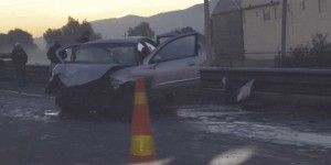 Choque en Circuito Exterior Mexiquense deja dos muertos