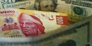 Dólar cierra en 18.90 pesos