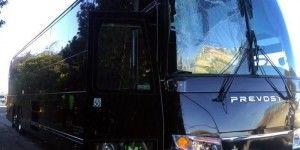 Autobús de los Broncos sufre percance