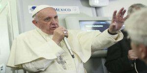 La razón por la que el papa no se reunió con padres de los 43 normalistas