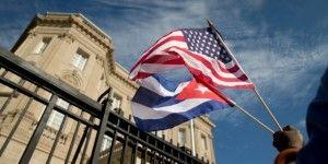 EE.UU. flexibiliza restricciones de viaje y uso de dólar a Cuba