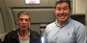 Ciudadano británico se toma foto con secuestrador de avión
