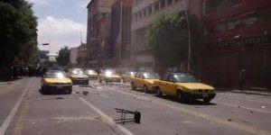 Detienen a 47 por enfrentamiento entre taxistas y locatarios en Guadalajara