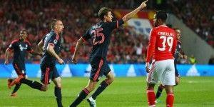 Benfica cae ante el Bayern pese a gol de Raúl Jiménez