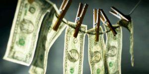 Detienen a exfiscal mexicano por lavado de dinero
