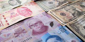 Dólar baja y se vende hasta en 19.24 pesos