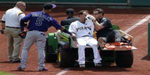 Video: pitcher de Colorado lanza pelota a la cabeza de bateador de Pittsburgh
