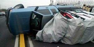Volcadura salva a secuestrado en Nuevo León
