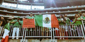 Galería: aficionados mexicanos apoyan previo al partido contra Venezuela