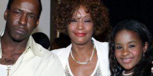 Whitney fumó mariguana con nuestra hija: Bobby Brown