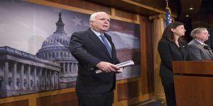 """""""Obama es responsable directo de masacre en Orlando"""": John McCain"""