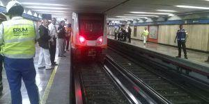 Muere hombre al arrojarse a las vías del Metro