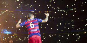 Barcelona confirma la salida de Dani Alves