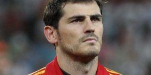 Iker incómodo por no jugar: Vicente del Bosque