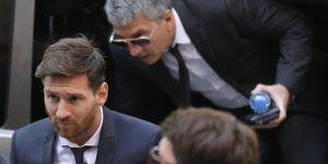 Critican al Barcelona por campaña en apoyo a Messi