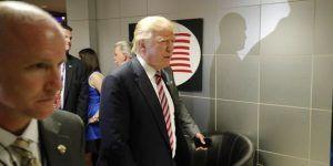 Donald Trump compra TT en Twitter