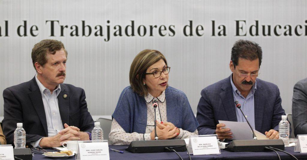 Los legisladores. Foto de Senado de la República.