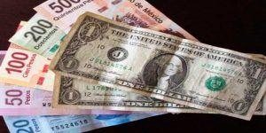Dólar abre semana vendiéndose hasta en 19.27 pesos