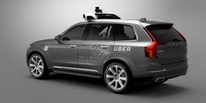Uber introducirá primeros vehículos autónomos