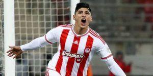 Alan Pulido ya es jugador de Chivas