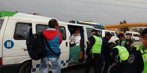 Detienen a menor que viajaba armada en Iztapalapa