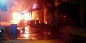 Se incendia mercado en Coyuca de Benítez