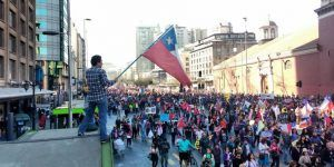 Protestas masivas en Chile contra sistema de pensiones
