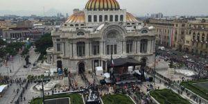 Click aquí para ver en vivo el segundo día del homenaje a Juan Gabriel en Bellas Artes