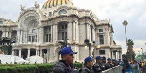 Restos de Juan Gabriel llegan a la Ciudad de México