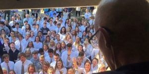 Muere profesor que recibió un concierto de parte de sus alumnos