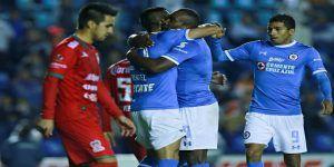 Cruz Azul golea y avanza a cuartos de final de la Copa MX