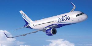 Avión aterriza de emergencia por la muerte de un bebé