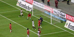 Marco Fabián rescata el empate ante el Bayern Múnich