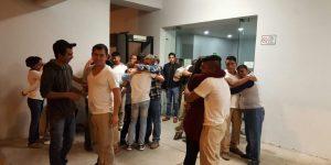 Liberan a ocho normalistas detenidos desde el 15 de agosto