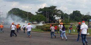 Al menos 140 detenidos y 20 heridos por las marchas en Venezuela
