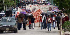 Campesinos inician recorrido hasta la Ciudad de México