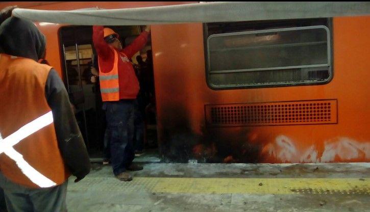 #Video: Se registra incendio en Línea 1 del Metro