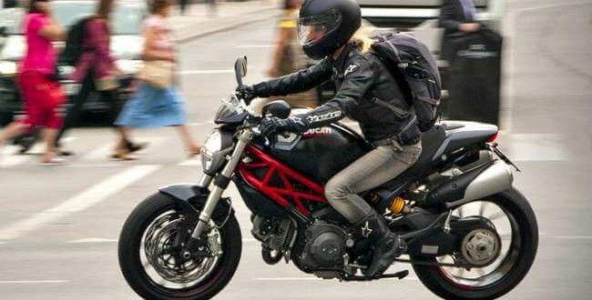 La peligrosa forma en que recuperó su moto vía Facebook